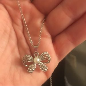 Jewelry - Bow Knot Pendant Necklace